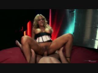 Intense seks met Carmel Moore